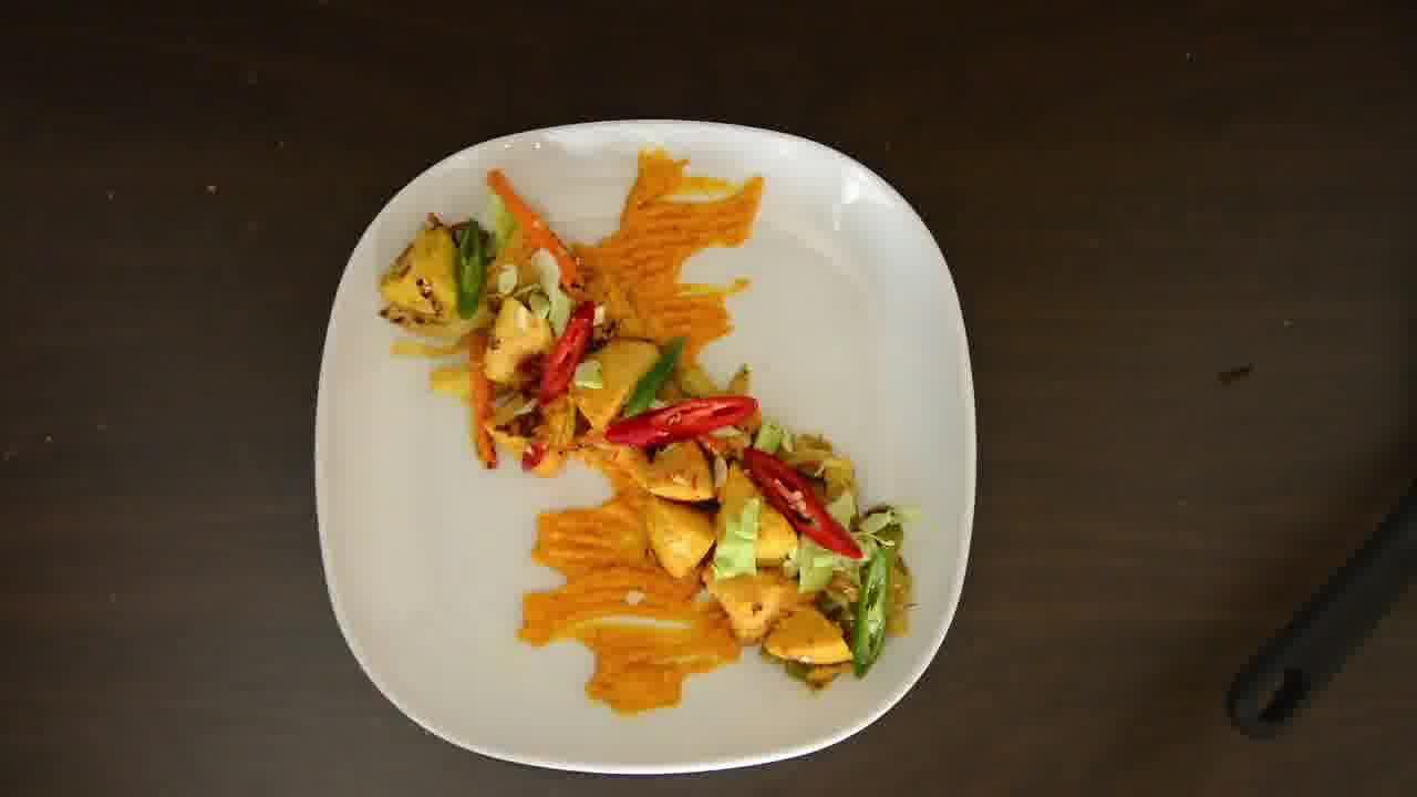 Image of the cooking step-4-3 for Radish Lentil Idli Fry + Carrot Ginger Chutney
