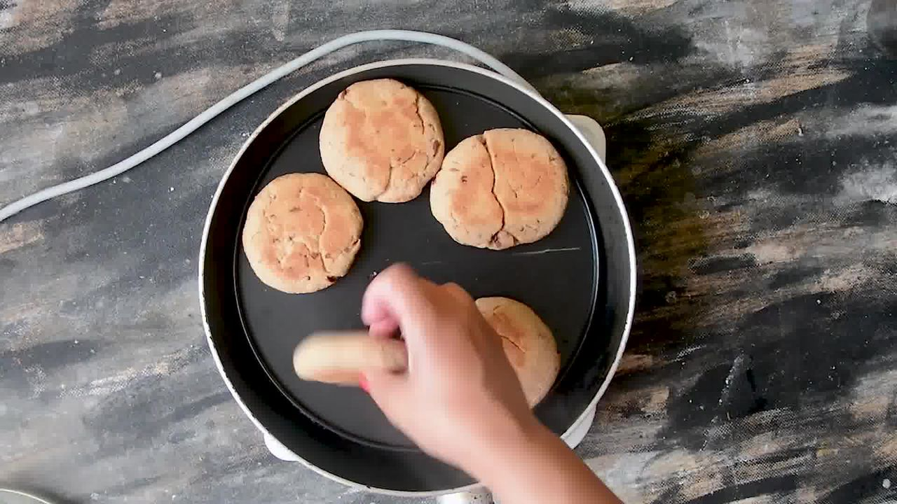 Image of the cooking step-2-6 for Rajasthani Gulab Churma Recipe - Rose Choorma Without Oven