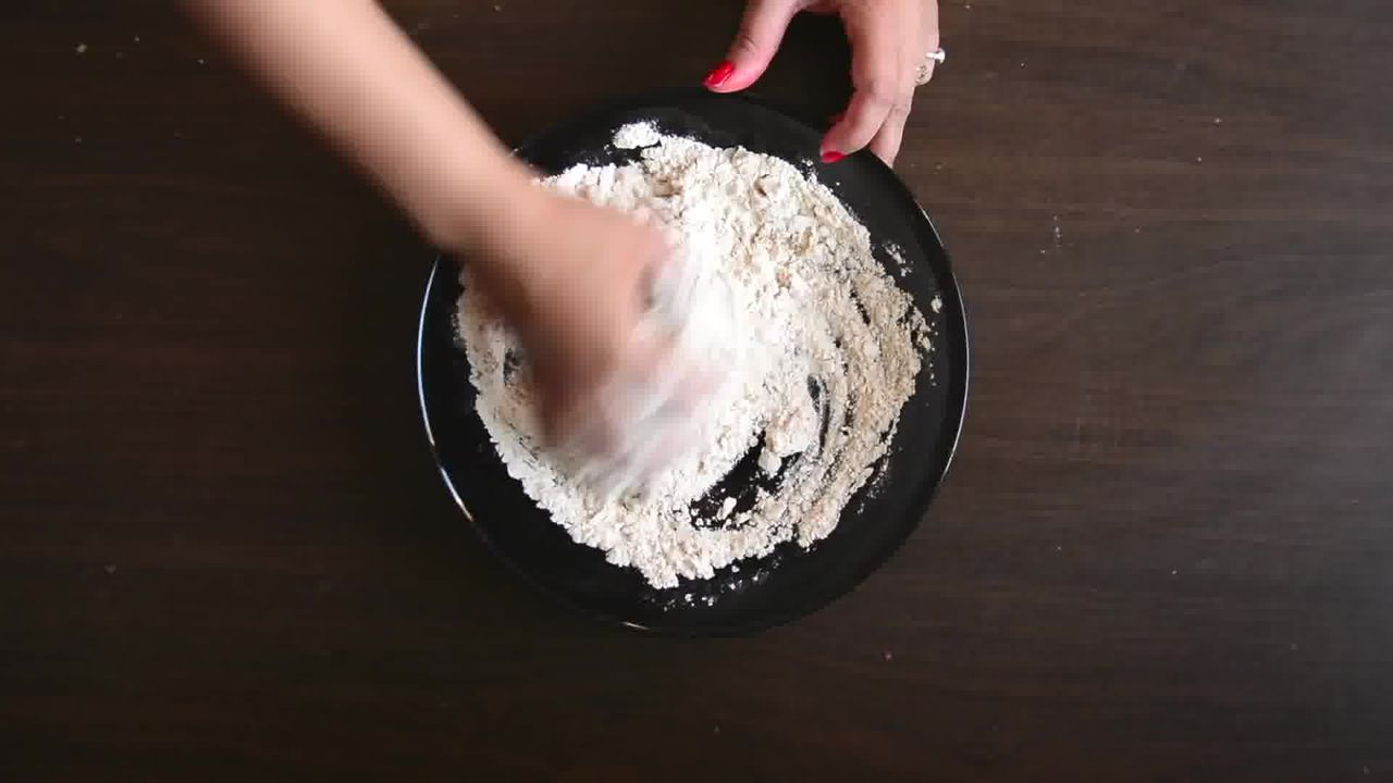 Image of the cooking step-1-2 for Rajasthani Khoba Roti Recipe