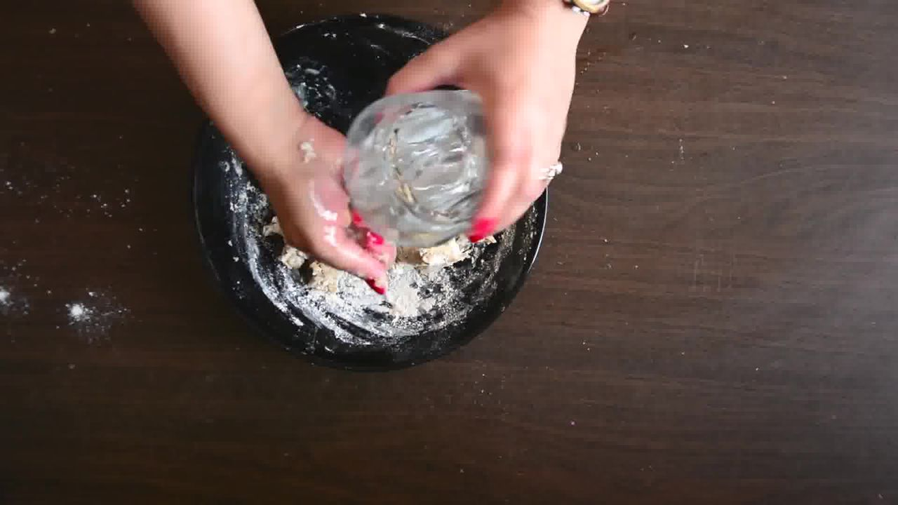 Image of the cooking step-1-3 for Rajasthani Khoba Roti Recipe