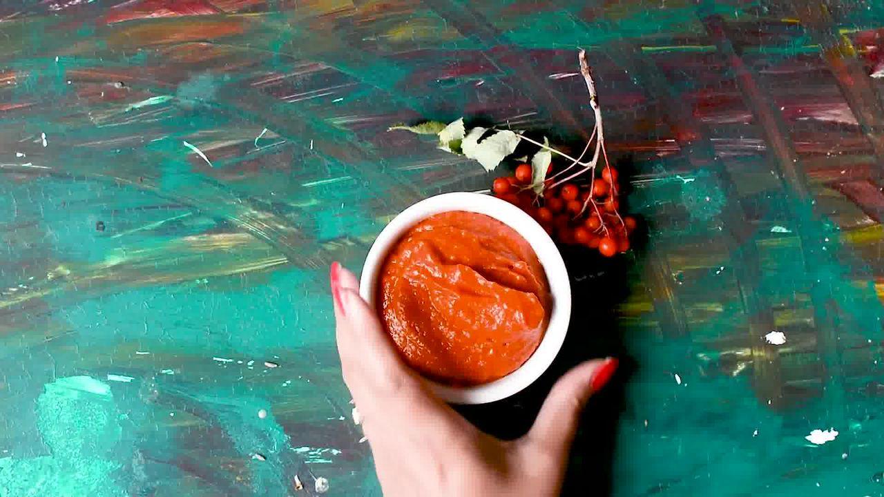 Image of the cooking step-2-2 for Rajasthani Lehsun Ki Chutney - Garlic Chutney (2 Ways)