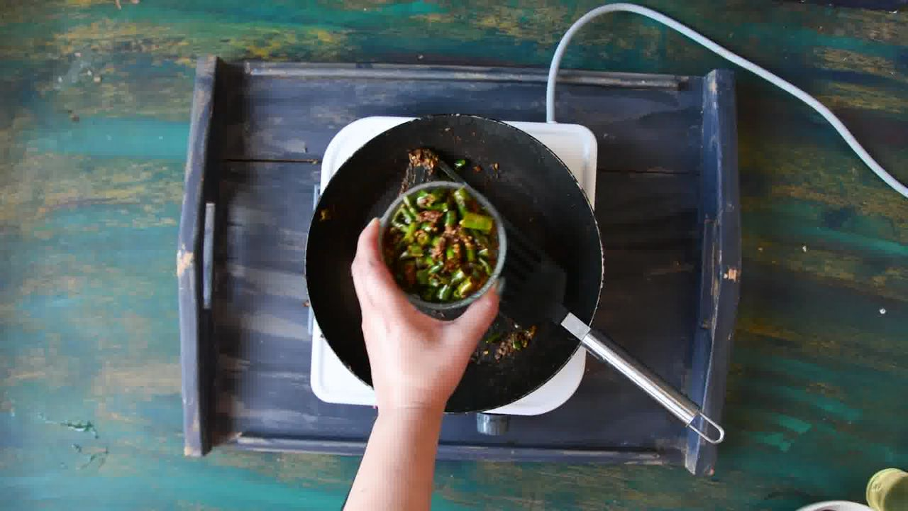 Image of the cooking step-1-6 for Rajasthani Mirchi ke Tipore – Instant Green Chili Pickle