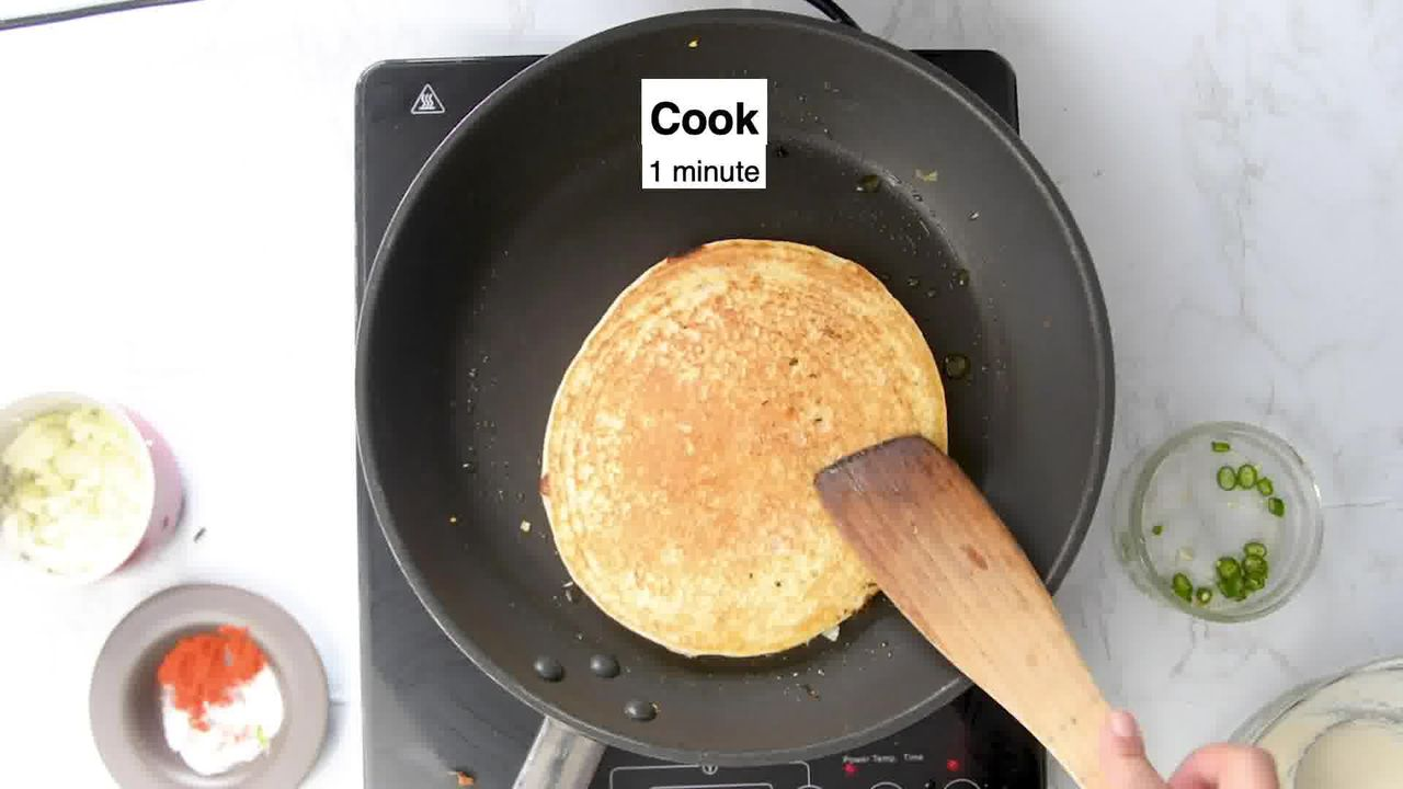 Image of the cooking step-2-11 for Rava Uttapam