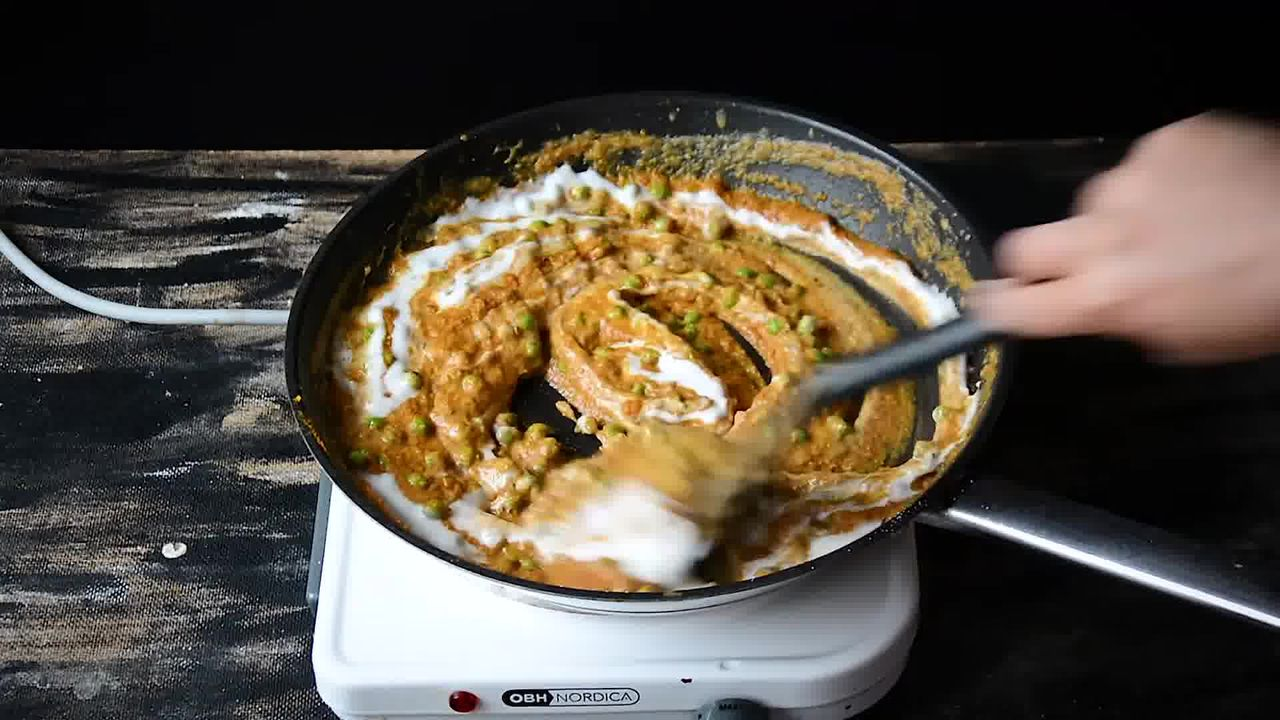 Image of the cooking step-2-7 for Matar Paneer - Peas and Cottage Cheese Curry