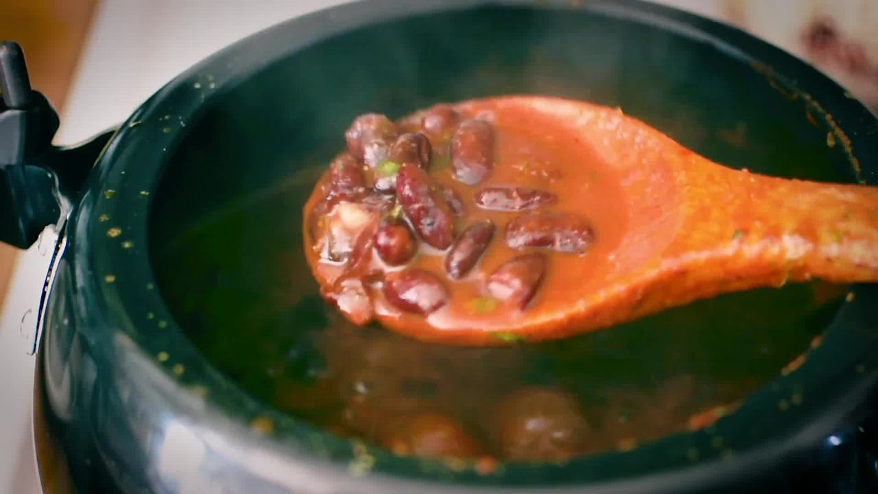 Image of the cooking step-4-14 for Restaurant Style Punjabi Rajma Masala - Kidney Bean Curry