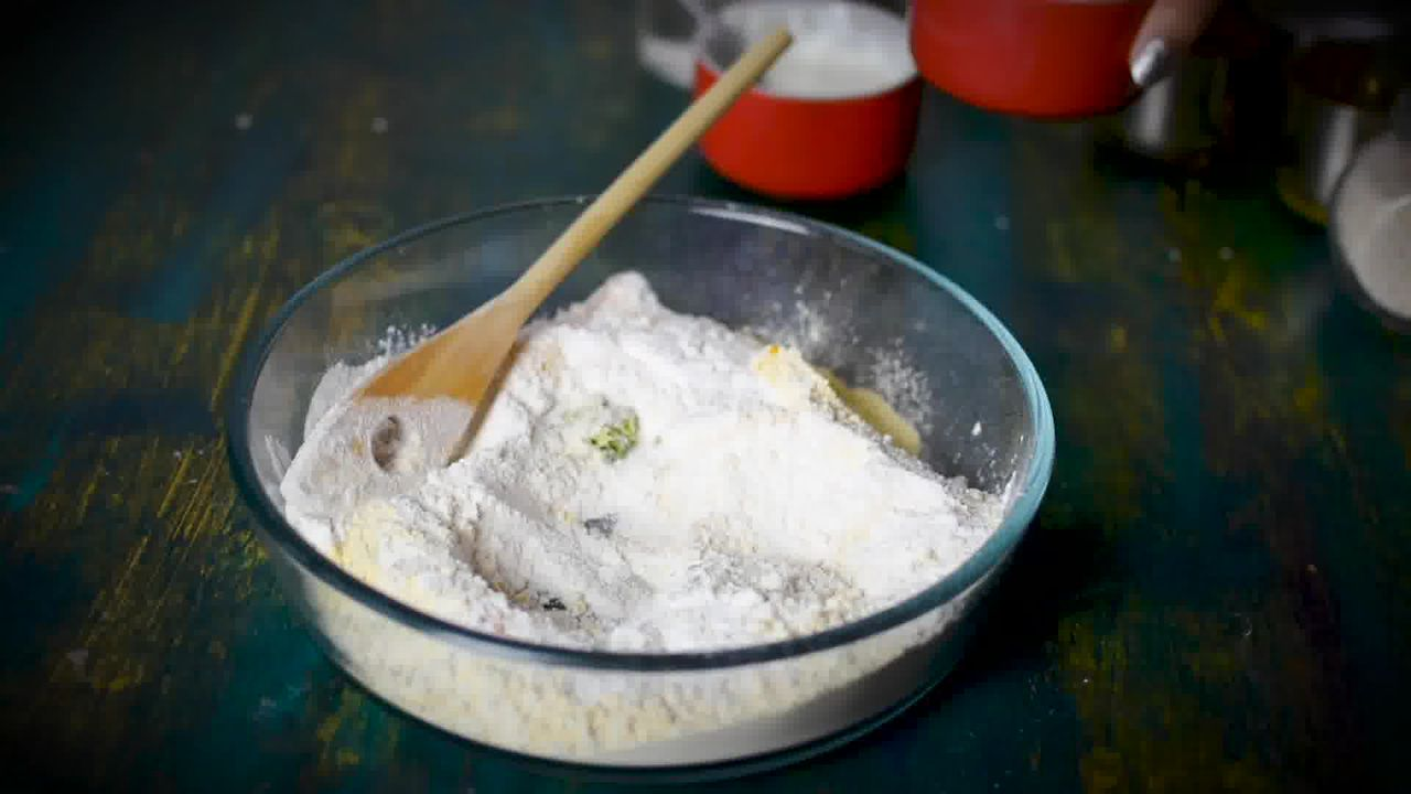 Image of the cooking step-1-2 for Chakli Recipe – Instant Rice Chakli (Fried + Baked)
