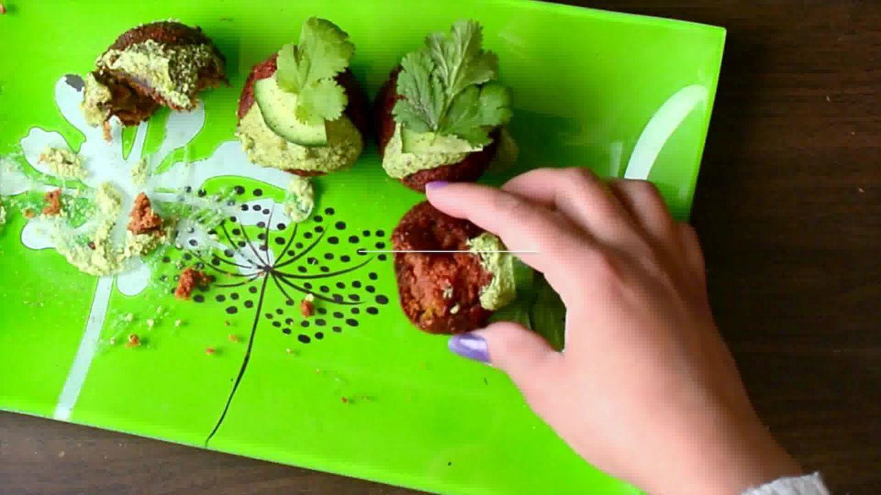 Image of the cooking step-3-10 for Roast Beetroot Falafel Recipe + Green Tahini Dip