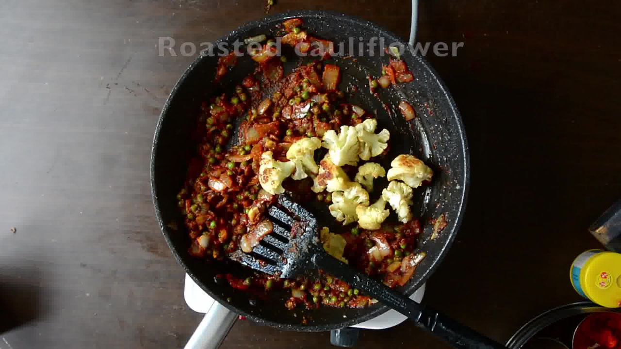 Image of the cooking step-3-10 for Roasted Cauliflower Pilaf With Watermelon Sauce
