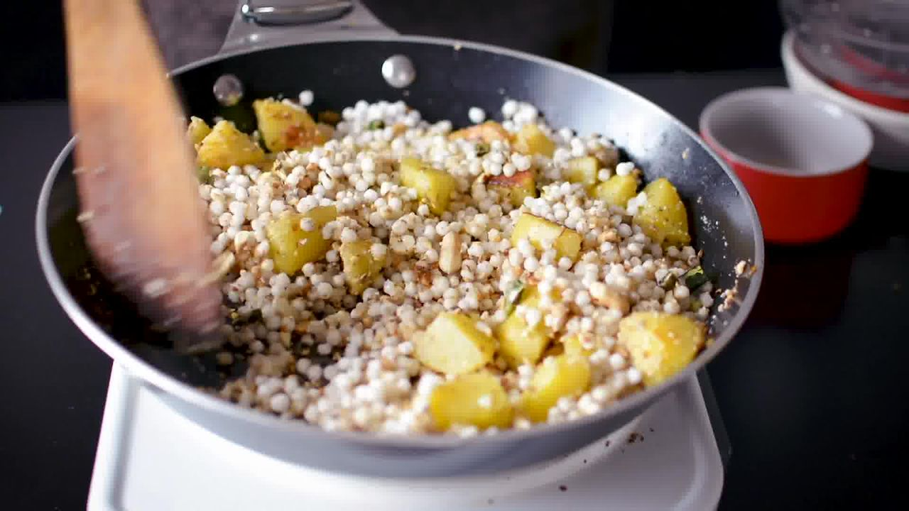 Image of the cooking step-2-8 for Sabudana Khichdi - Tapioca Pearl Stir-Fry