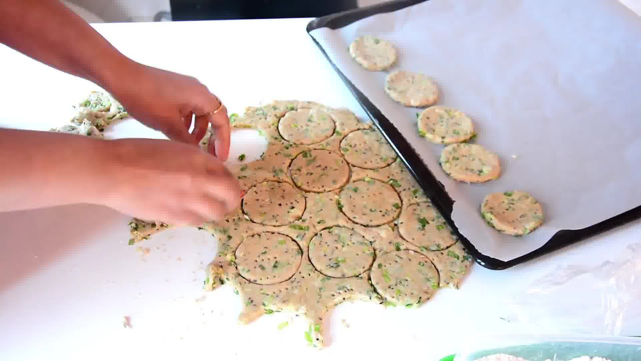 Image of the cooking step-1-9 for Salty-Sweet Whole Wheat Onion Crackers Recipe