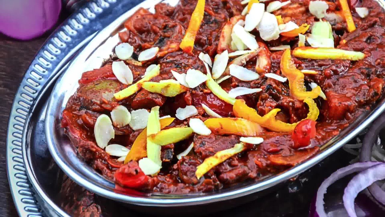 Image of the cooking step-1-19 for Kadai Mushroom (Restaurant Style)