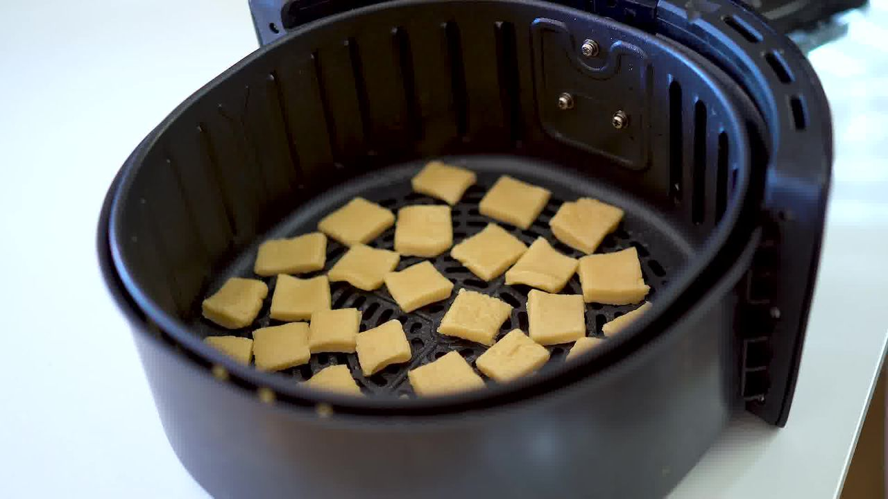 Image of the cooking step-9-2 for Shakkarpara + Shankarpali (Fried, Air Fryer, and Baked Recipe)