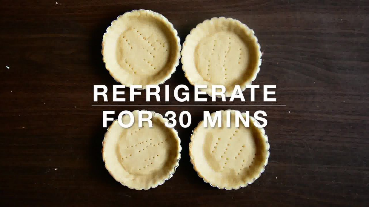 Image of the cooking step-1-4 for Snickers Mini Chocolate Tarts