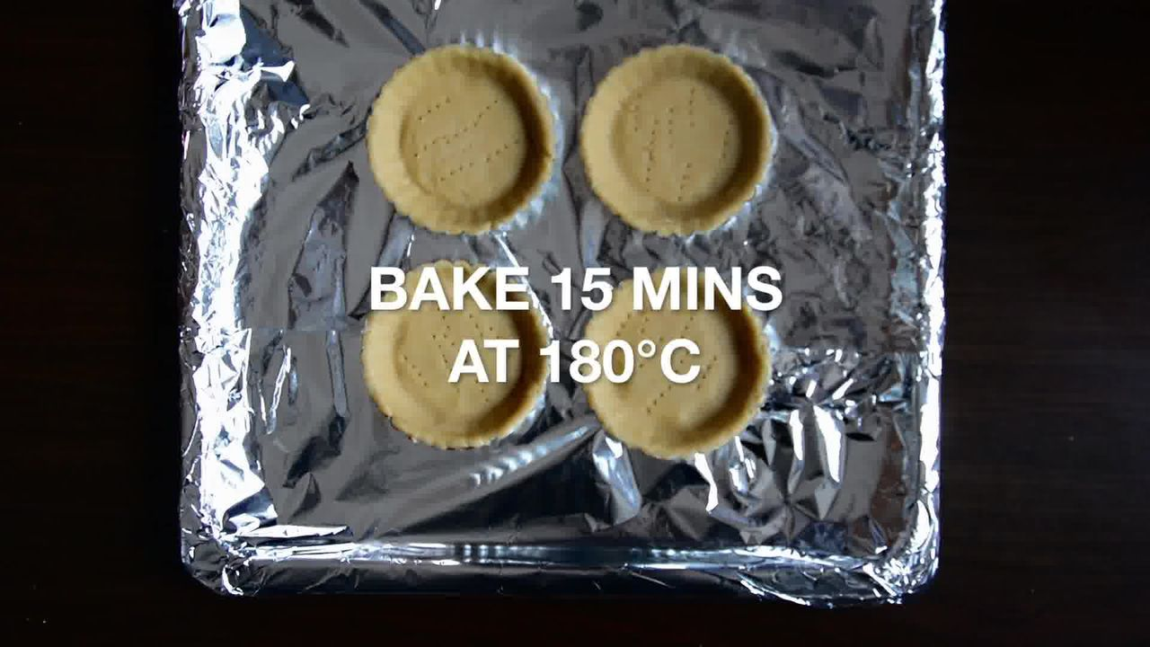 Image of the cooking step-1-6 for Snickers Mini Chocolate Tarts