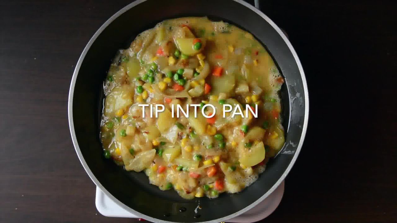 Image of the cooking step-1-12 for Spanish Style Omelette Recipe – Tortilla Española