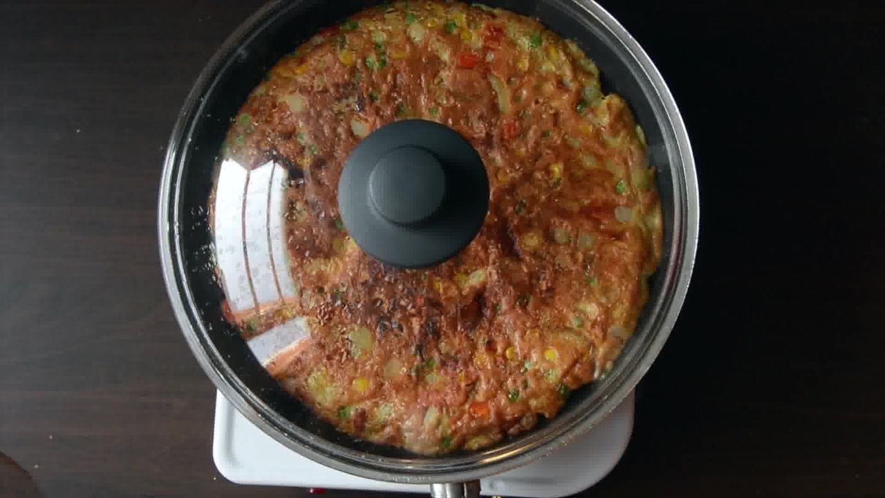 Image of the cooking step-1-18 for Spanish Style Omelette Recipe – Tortilla Española