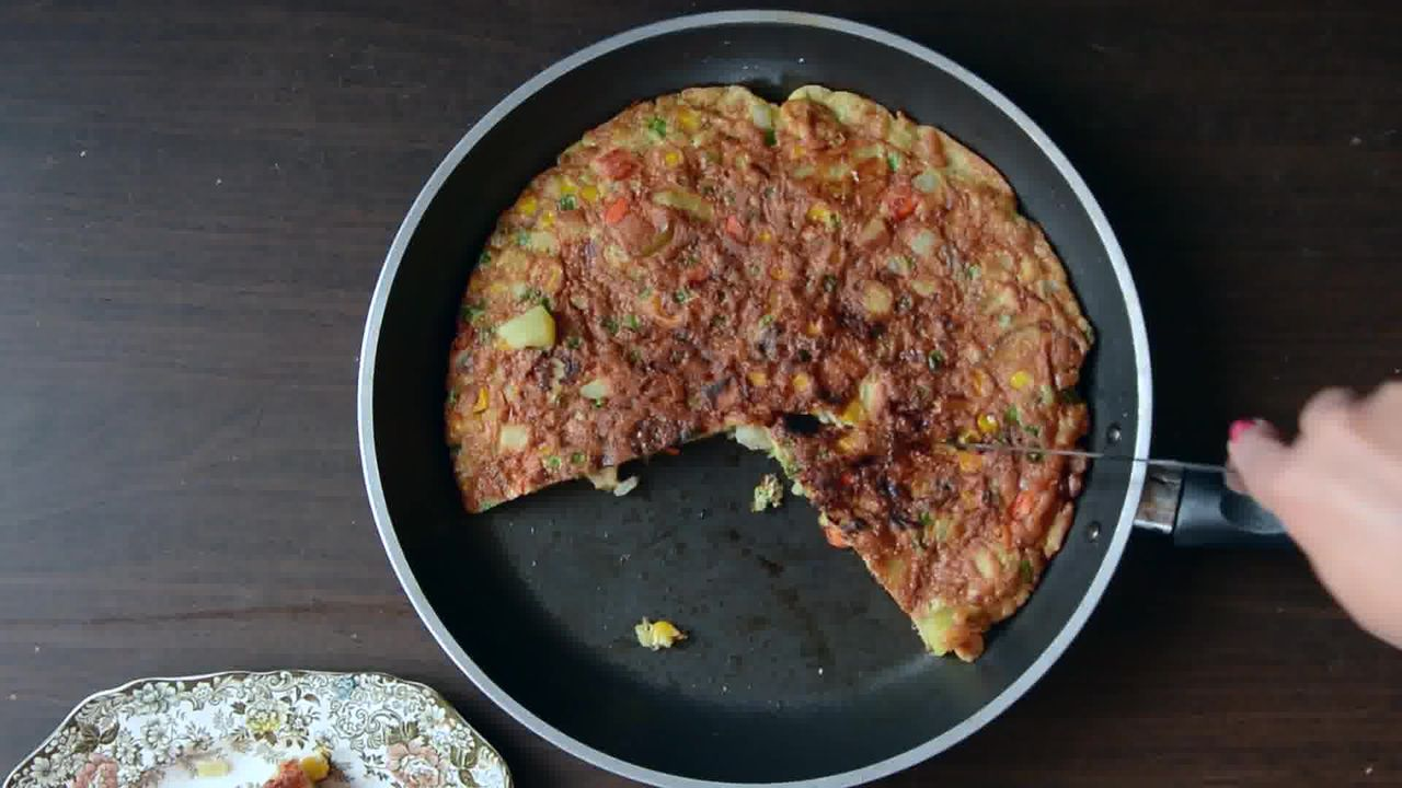 Image of the cooking step-1-19 for Spanish Style Omelette Recipe – Tortilla Española