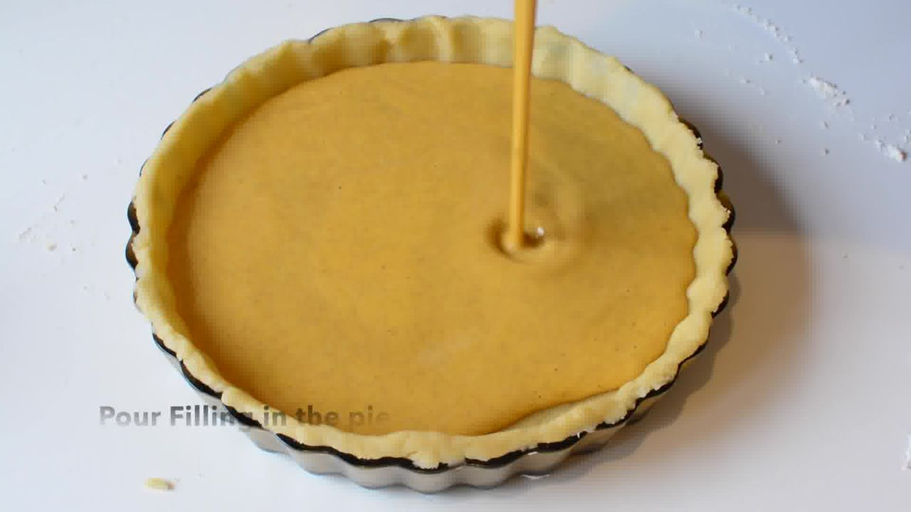 Image of the cooking step-1-9 for Spiced Pumpkin Pie Recipe