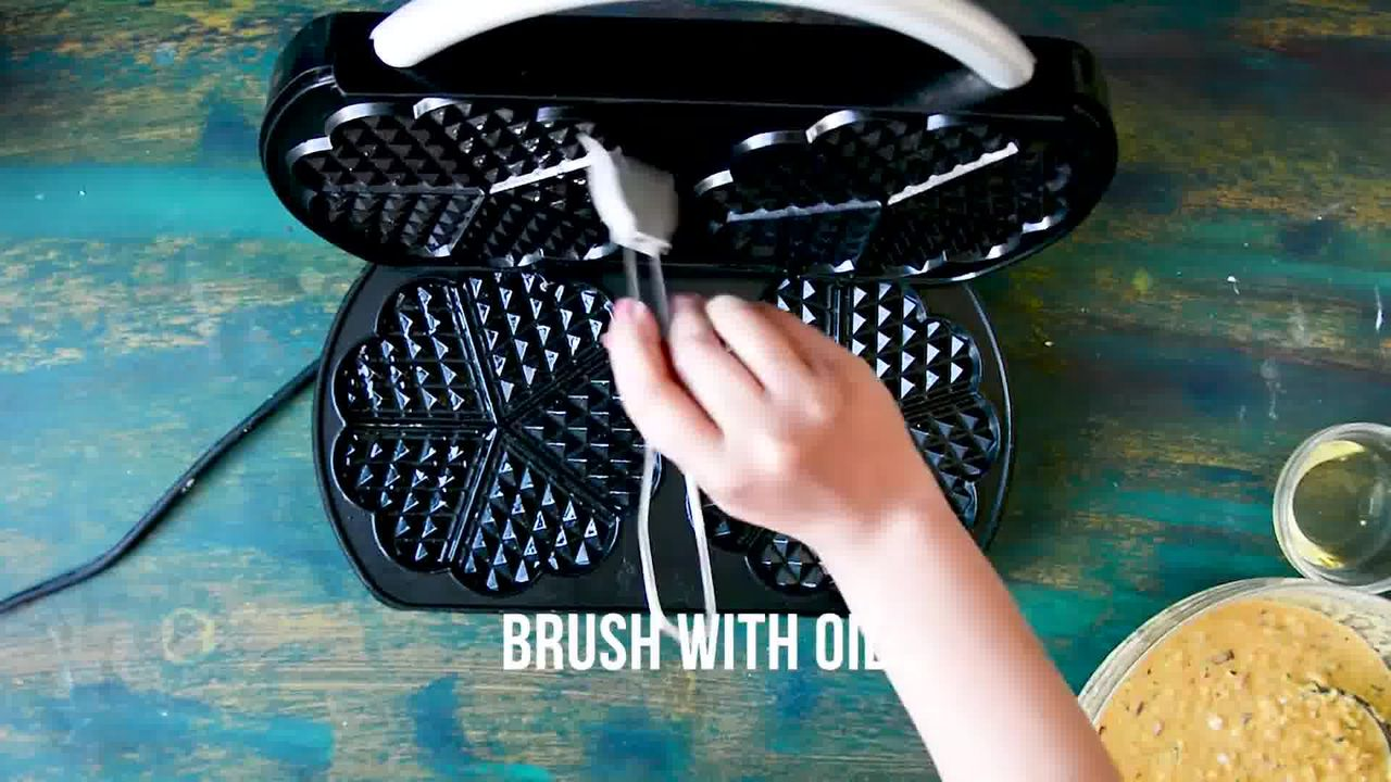 Image of the cooking step-1-5 for Spicy Zucchini Waffles - How to Make Waffled Besan Chilla