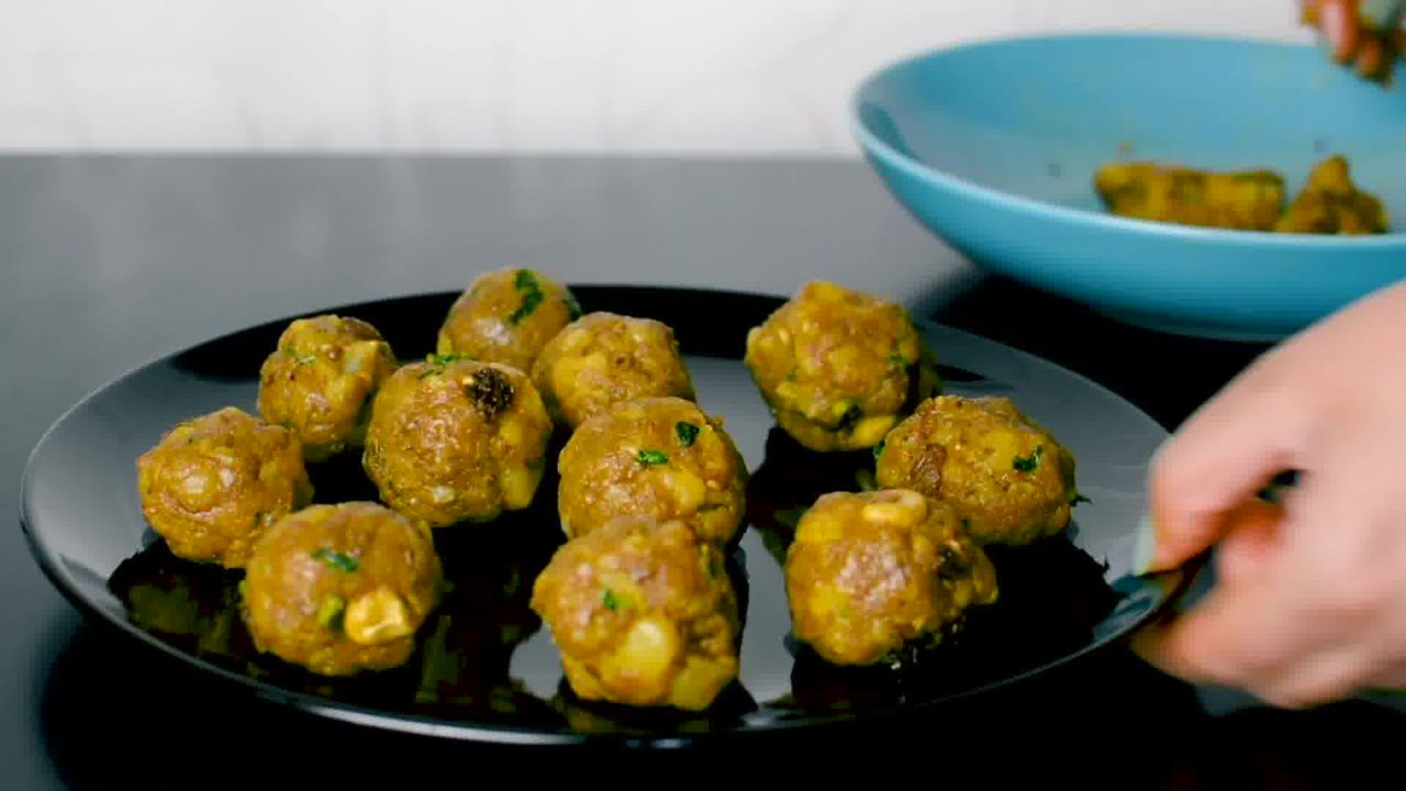 Image of the cooking step-2-11 for Masala Bati - Stuffed Masala Bati - Bharwa Masala Baati