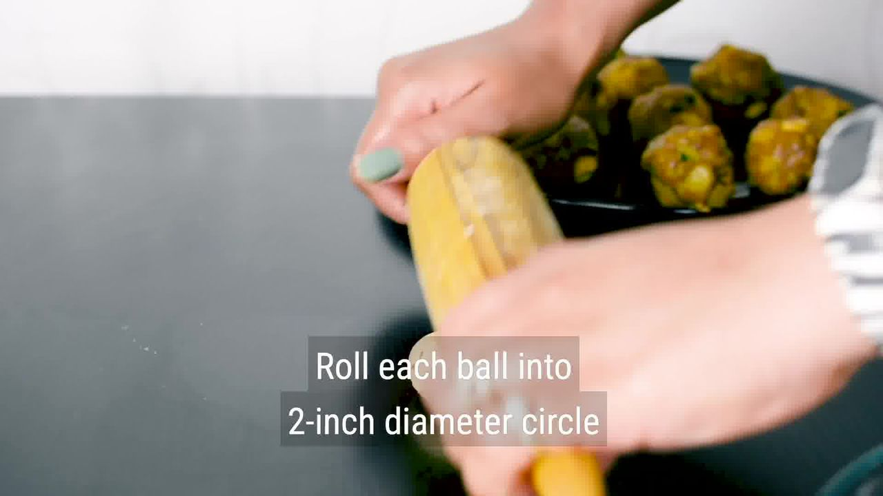 Image of the cooking step-3-2 for Masala Bati - Stuffed Masala Bati - Bharwa Masala Baati