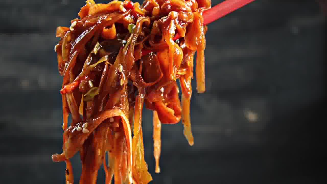 Image of the cooking step-2-9 for Szechuan Spiced Carrot Fettuccine Recipe
