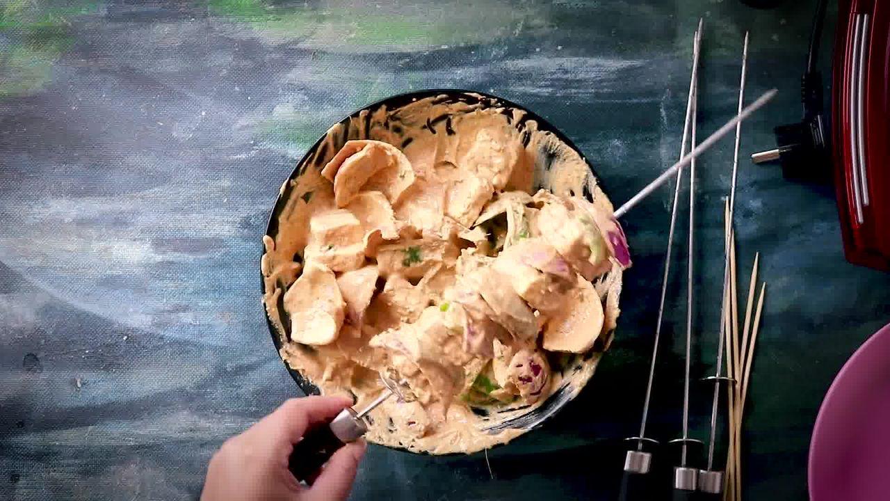 Image of the cooking step-2-7 for Tandoori Paneer Tikka (Oven, Tawa, Grill, Panini Maker)