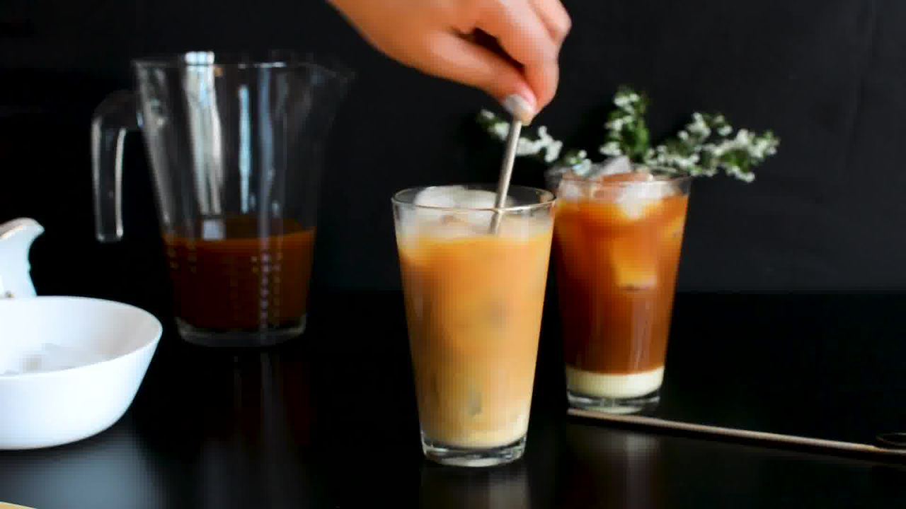 Image of the cooking step-2-4 for Thai Iced Tea Recipe