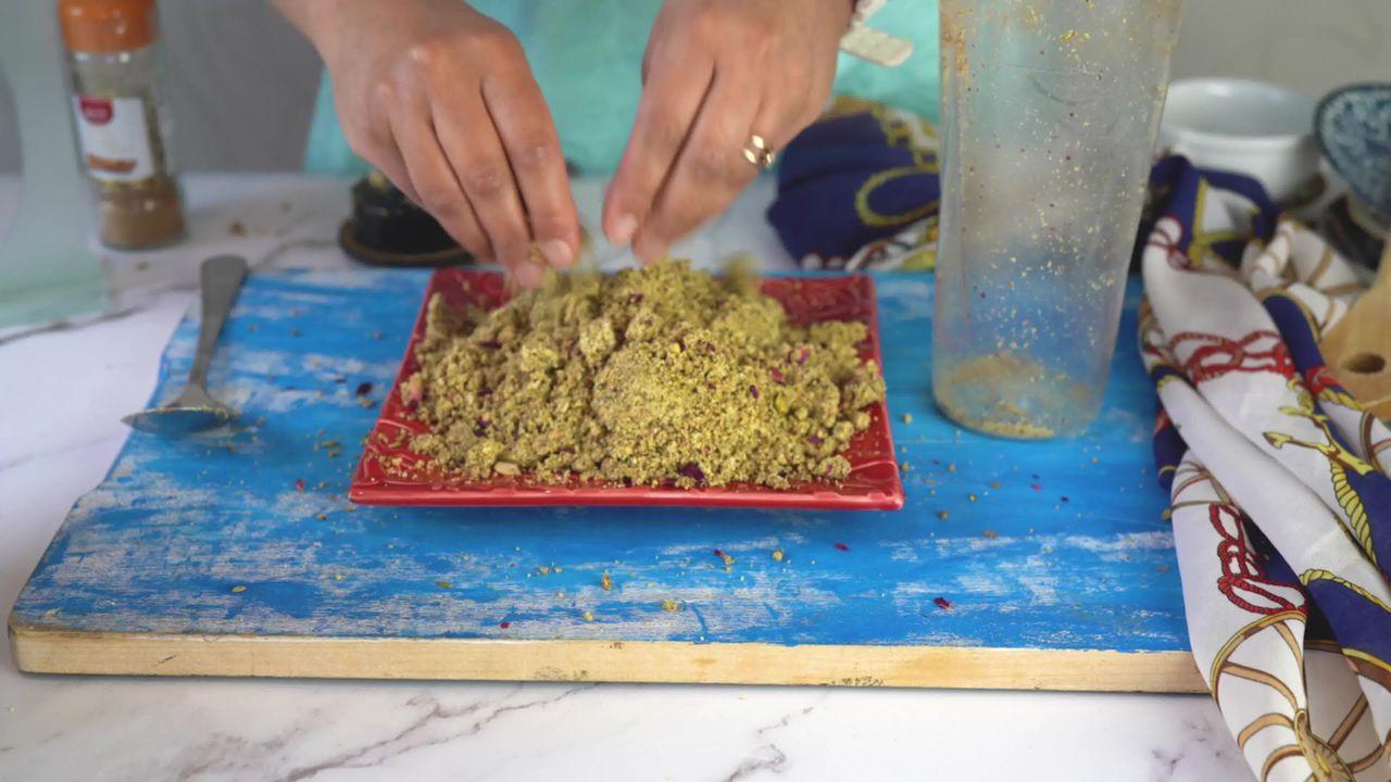 Image of the cooking step-1-10 for Thandai Powder + Thandai Milkshake