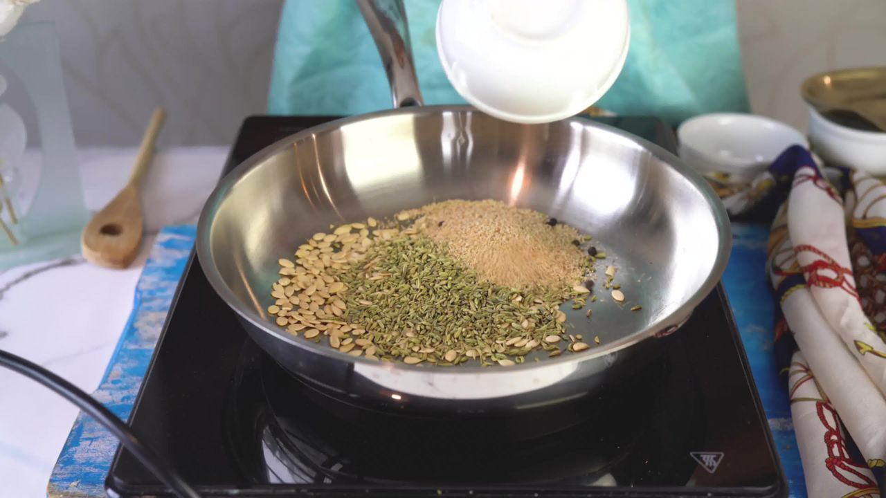 Image of the cooking step-1-4 for Thandai Powder + Thandai Milkshake