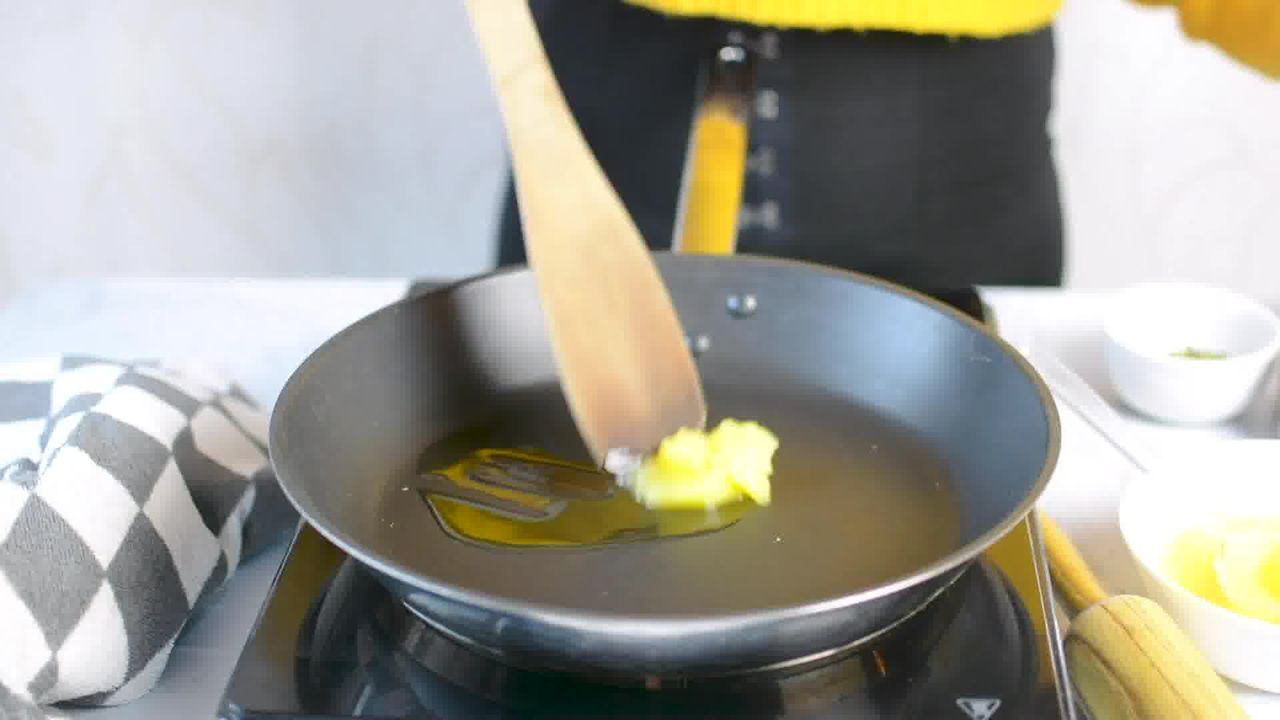 Image of the cooking step-2-1 for Til Chikki - Sesame Seed Bars