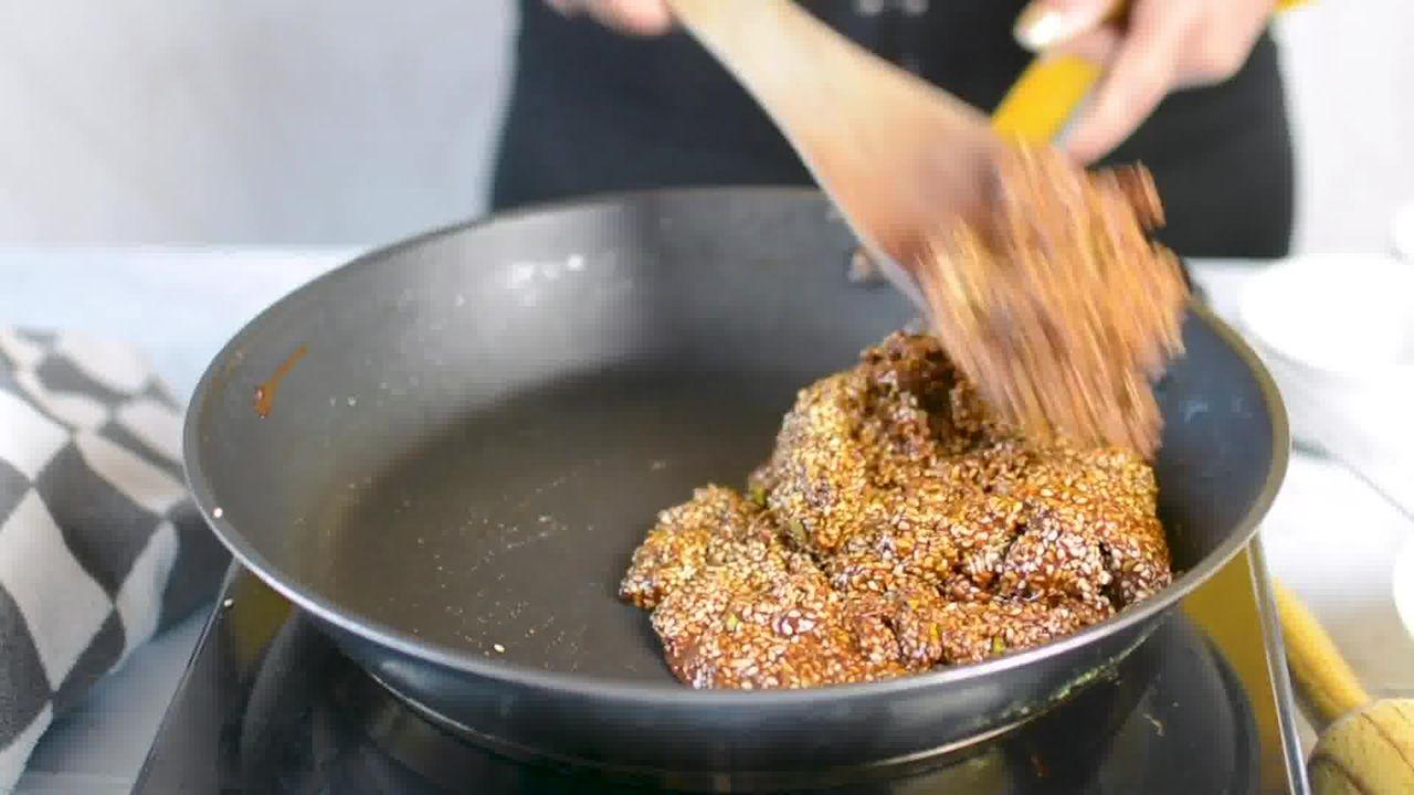 Image of the cooking step-3-3 for Til Chikki - Sesame Seed Bars
