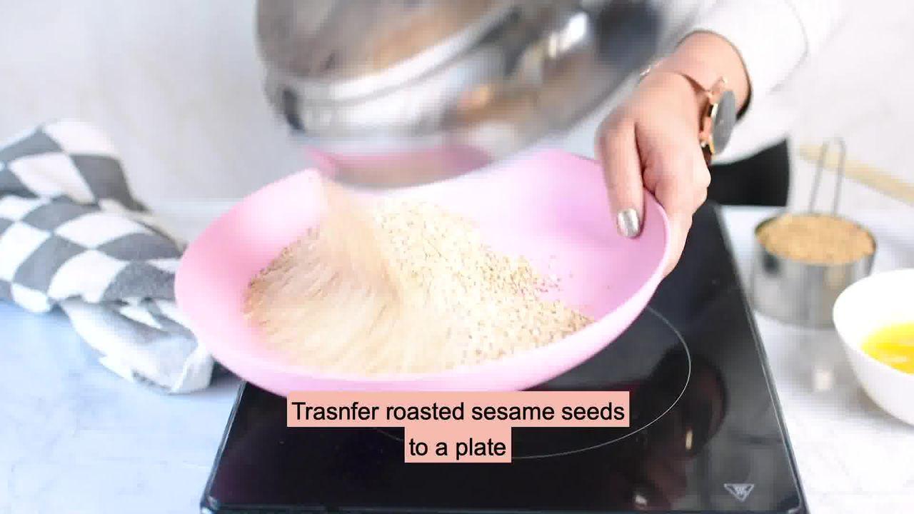 Image of the cooking step-1-2 for Til Laddu - Tilgul (Sesame Seeds Laddu)