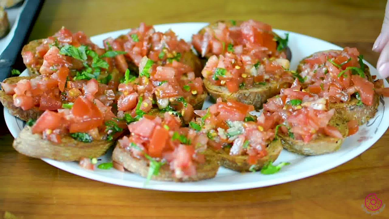 Image of the cooking step-3-3 for Tomato Bruschetta