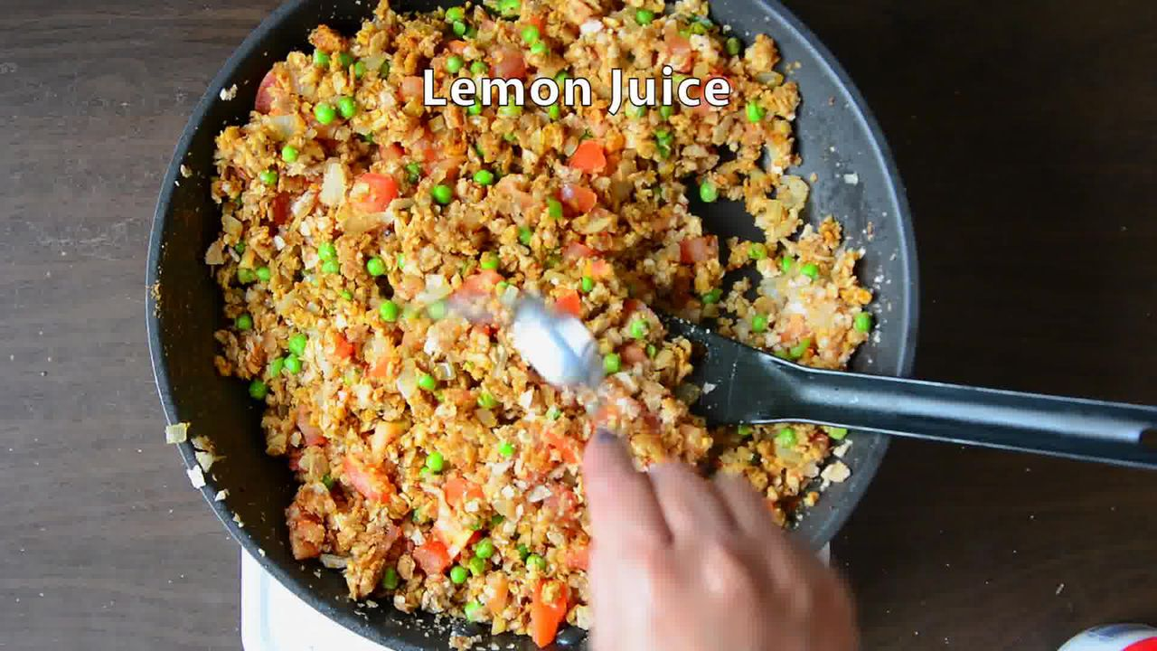 Image of the cooking step-2-7 for Tortilla Poha With Kiwi Peanut Salsa