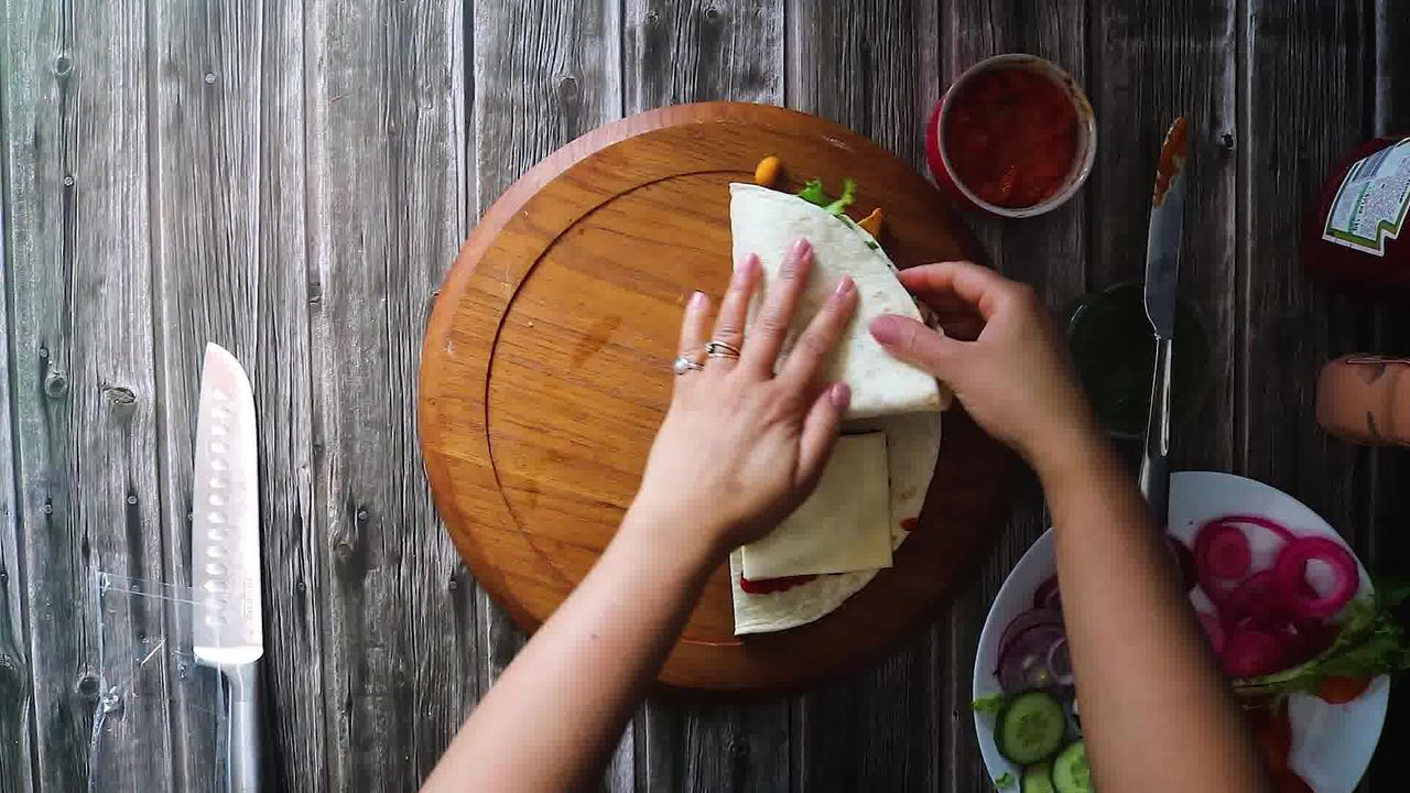 Image of the cooking step-3-6 for TikTok Tortilla Wrap Hack (6 Vegetarian Filling Ideas)