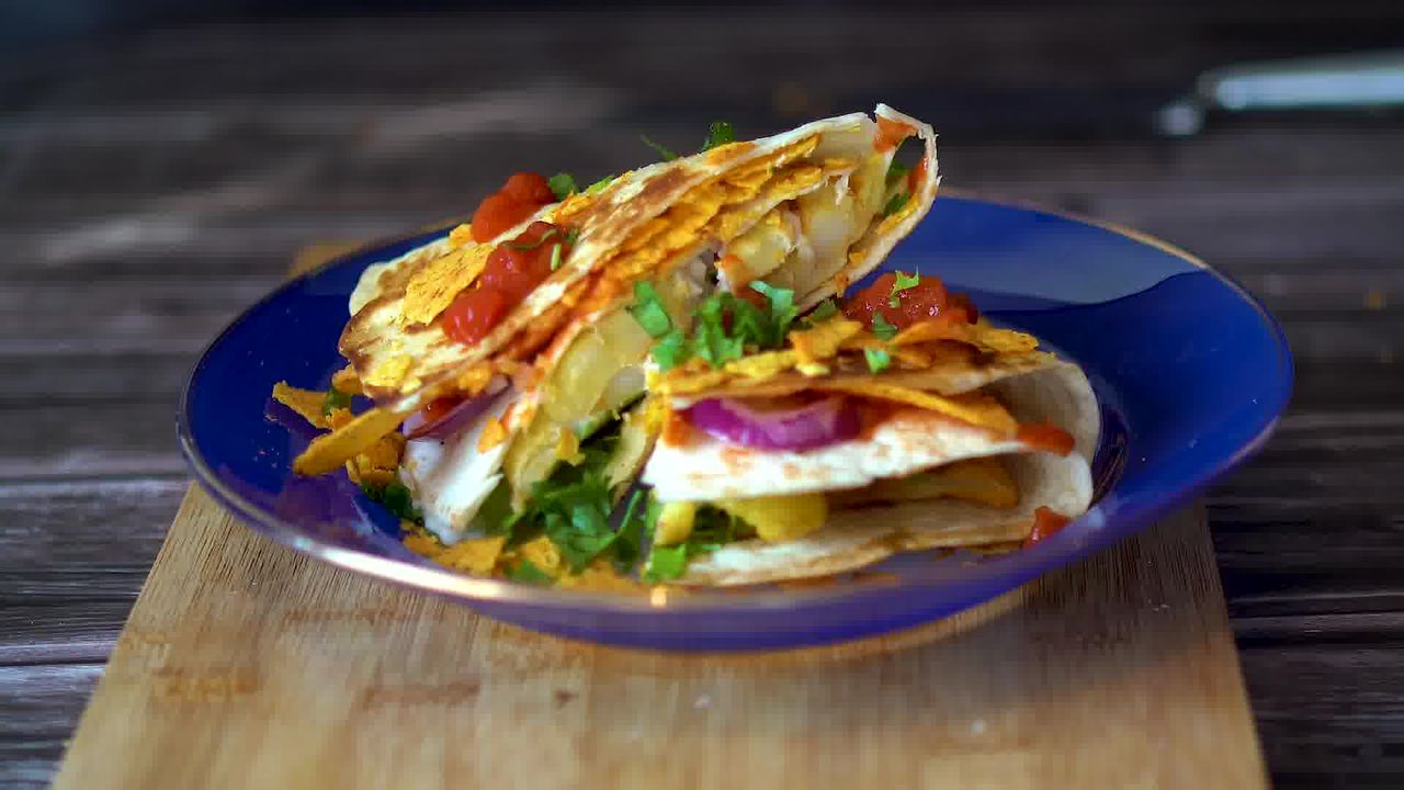 Image of the cooking step-3-8 for TikTok Tortilla Wrap Hack (6 Vegetarian Filling Ideas)