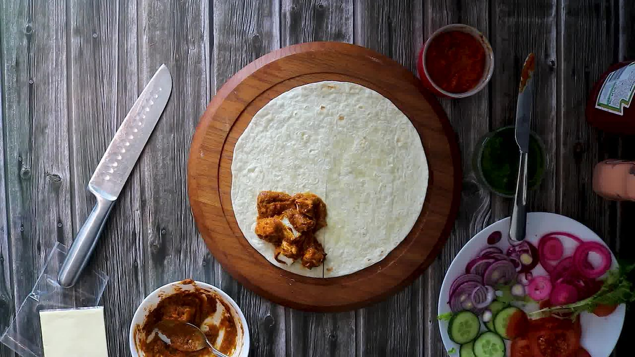 Image of the cooking step-4-2 for TikTok Tortilla Wrap Hack (6 Vegetarian Filling Ideas)