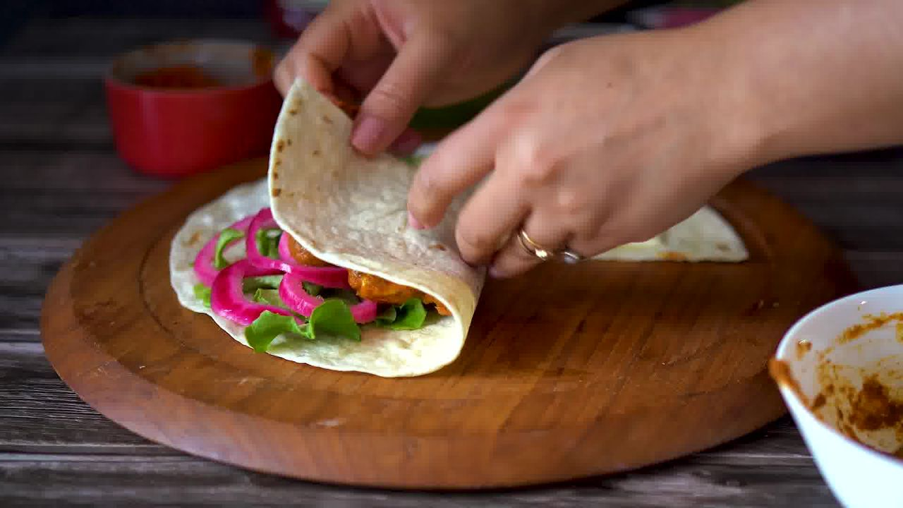 Image of the cooking step-4-6 for TikTok Tortilla Wrap Hack (6 Vegetarian Filling Ideas)