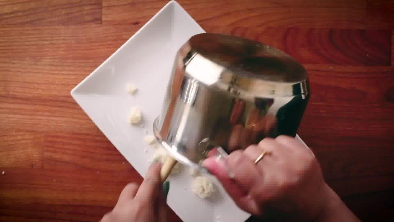 Image of the cooking step-3-1 for Modak Recipe - Ukadiche Modak Recipe - Steamed Modak