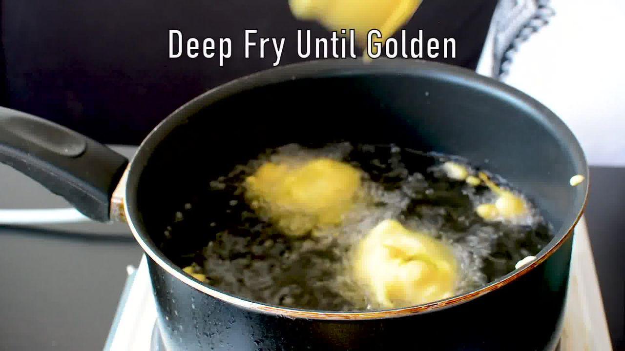 Image of the cooking step-3-2 for Vada Pav Recipe - How To Make Mumbai Vada Pav