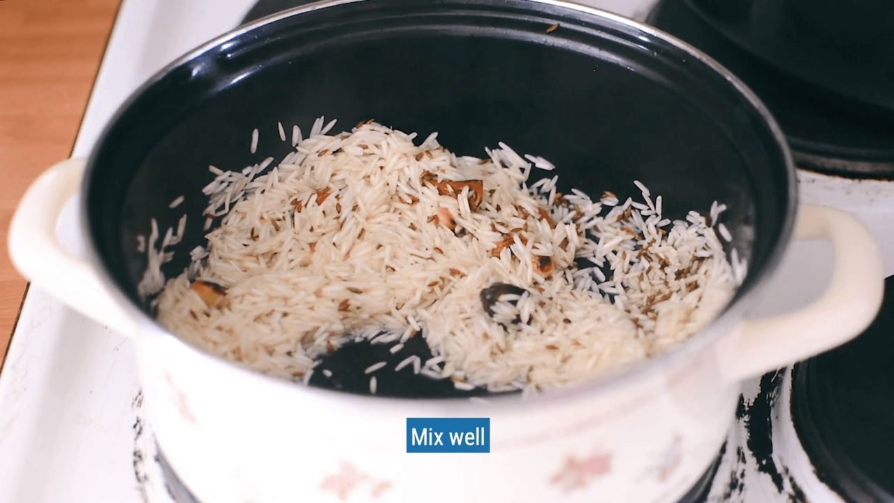 Image of the cooking step-2-1 for Restaurant Style Vegetable Biryani Recipe