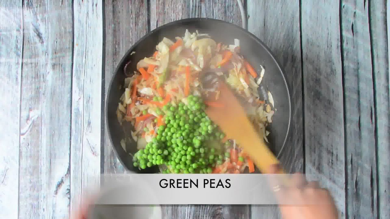 Image of the cooking step-1-7 for Vegan Thai Green Curry Vegetable Noodles (Video Recipe)
