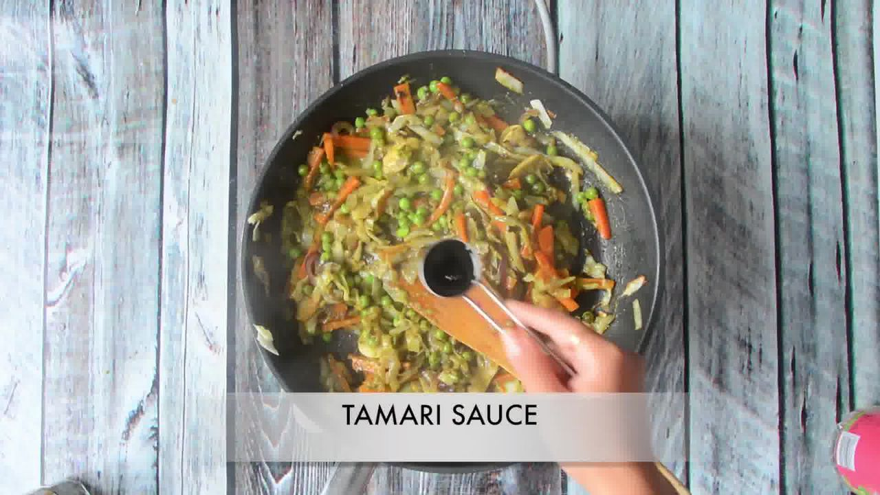 Image of the cooking step-1-9 for Vegan Thai Green Curry Vegetable Noodles (Video Recipe)