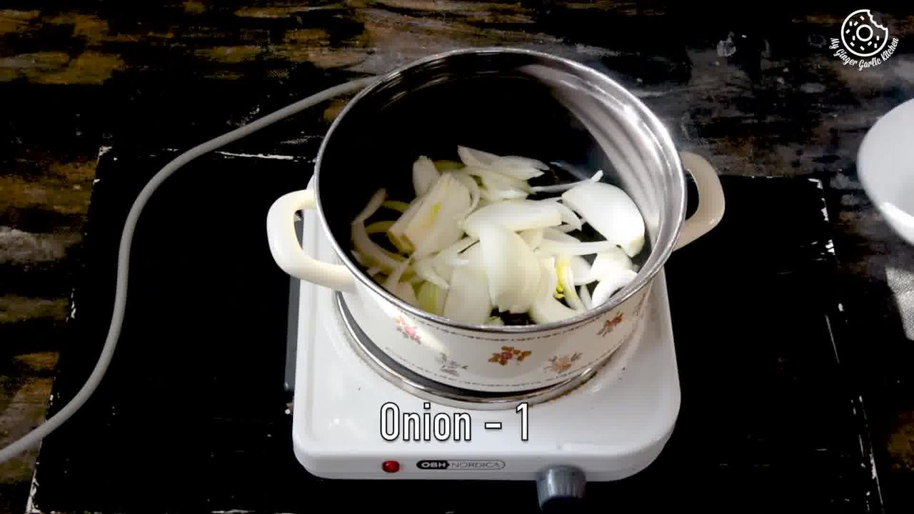 Image of the cooking step-1-4 for Vegetable Tahiri Recipe - Aromatic One Pot Tehri