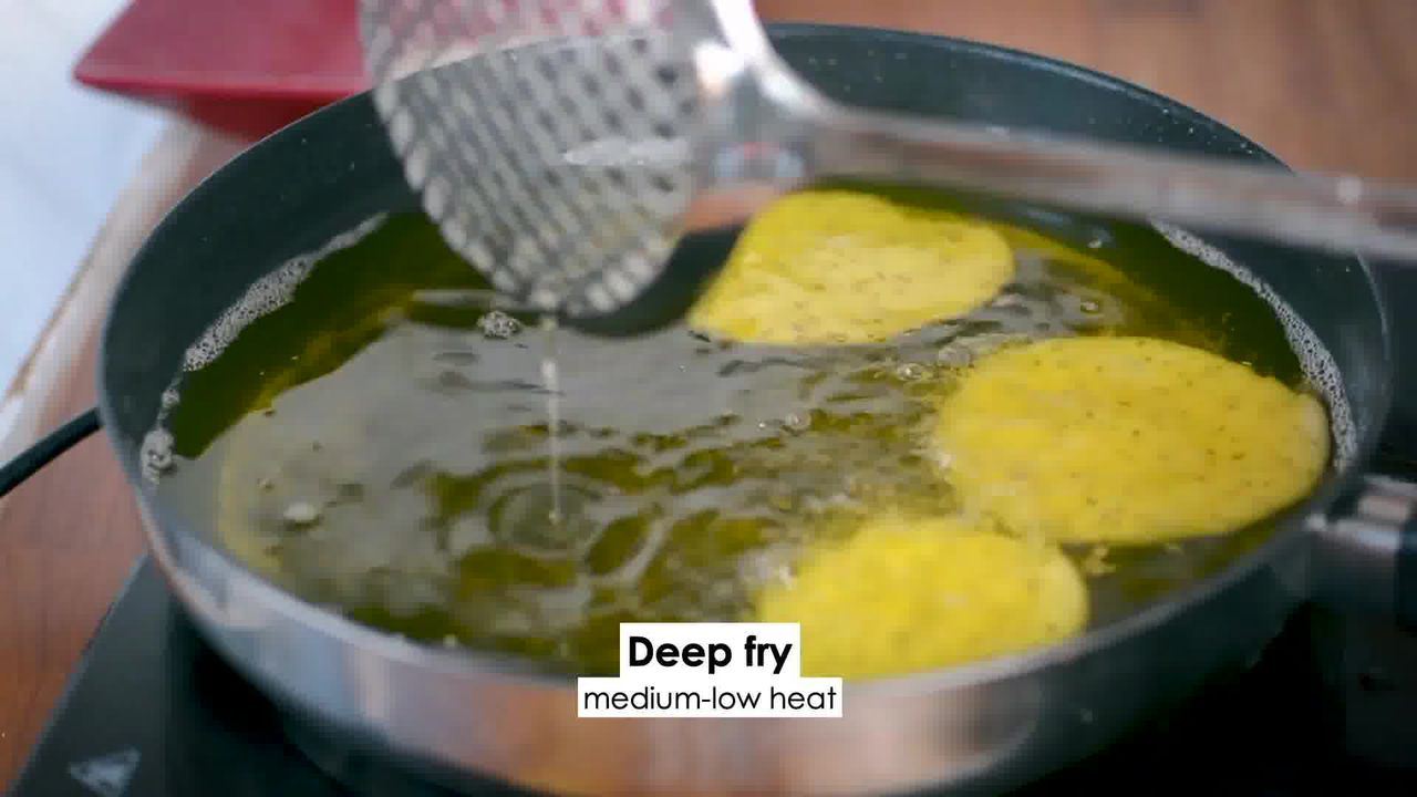 Image of the cooking step-4-2 for Verki Puri - Crispy Tea Time Snack