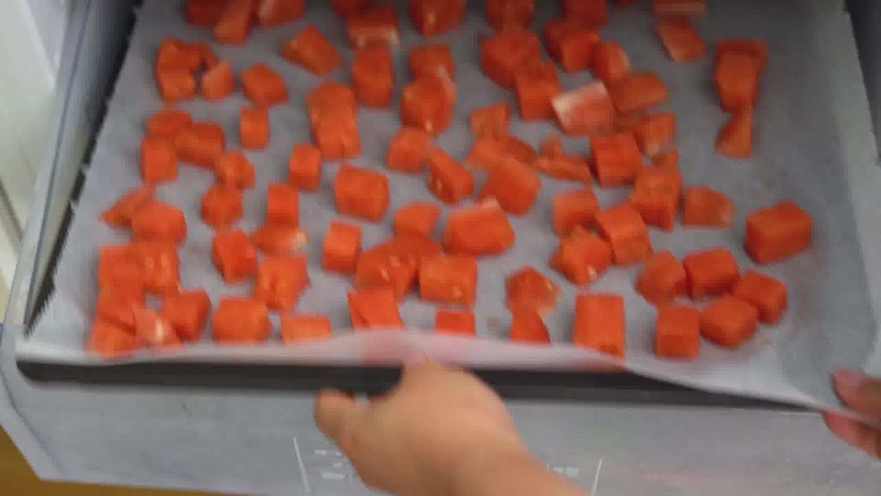 Image of the cooking step-1-3 for Watermelon Sorbet