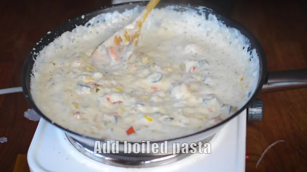 Image of the cooking step-4-2 for White Sauce Pasta Recipe (Béchamel Sauce Pasta)