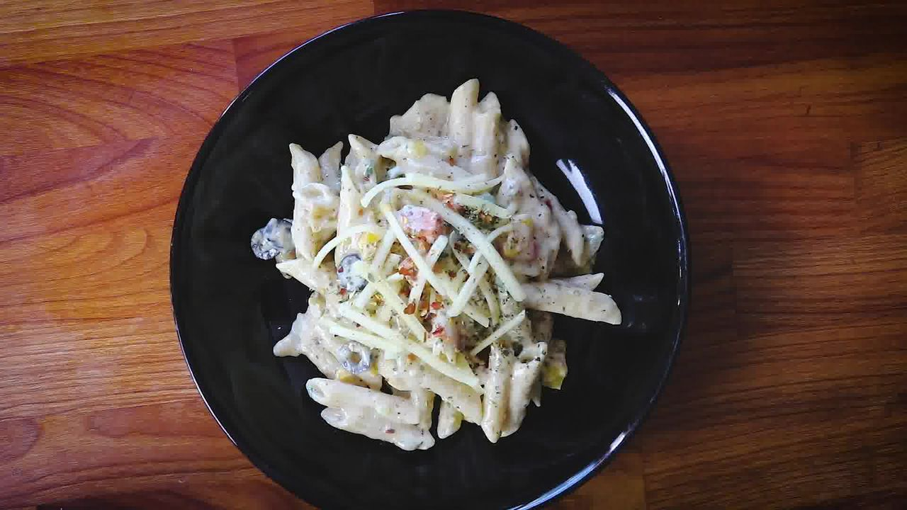 Image of the cooking step-4-5 for White Sauce Pasta Recipe (Béchamel Sauce Pasta)