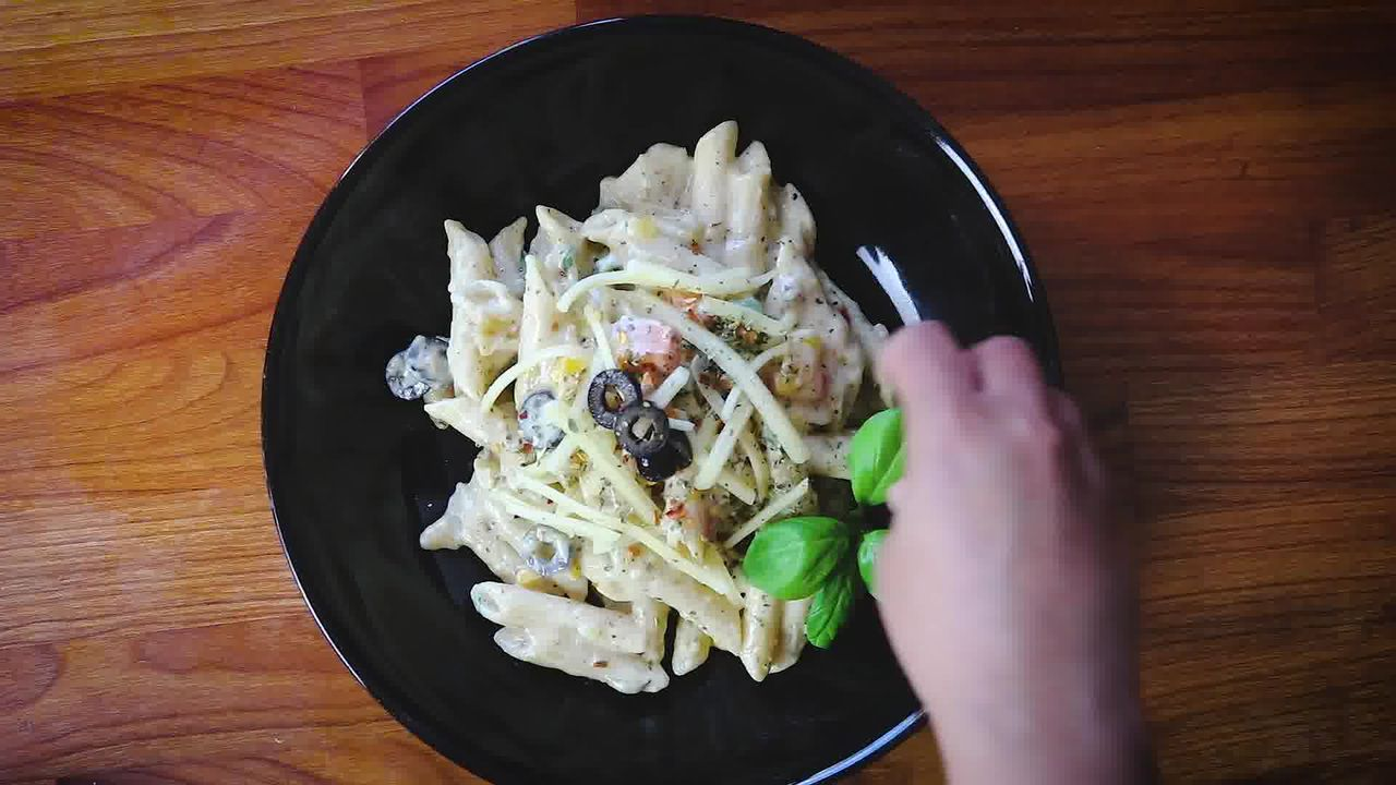 Image of the cooking step-4-6 for White Sauce Pasta Recipe (Béchamel Sauce Pasta)